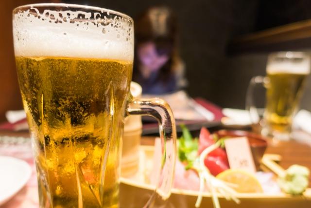 梅田の居酒屋【おかじま】で仲間たちとの食事を楽しもう~飲み放題のコースもご用意~