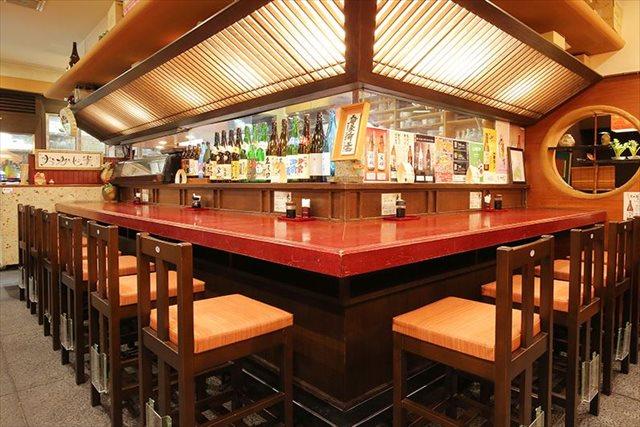 居酒屋を梅田でお探しならゆったりと料理・お酒が楽しめる【おかじま】へ