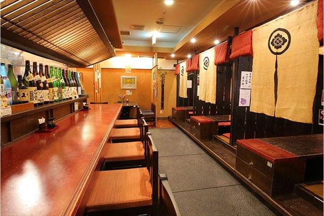 居酒屋を大阪駅の近くでお探しなら一人でお酒を楽しみたいときにもピッタリの【おかじま】