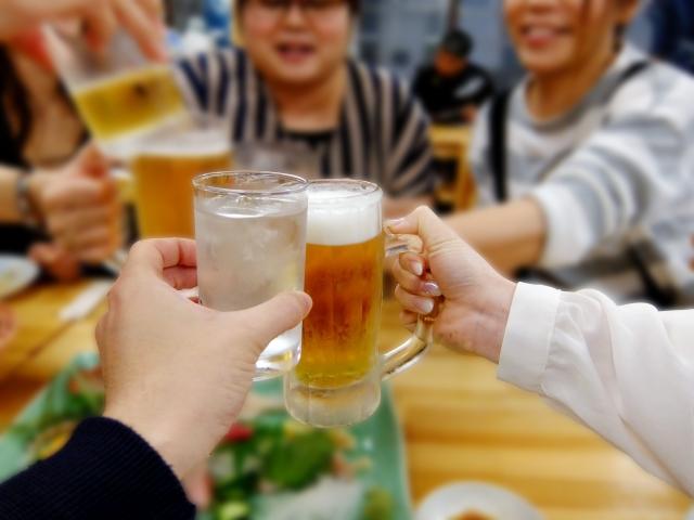 大阪駅前第3ビルの居酒屋【おかじま】で日本酒・ビールを飲もう